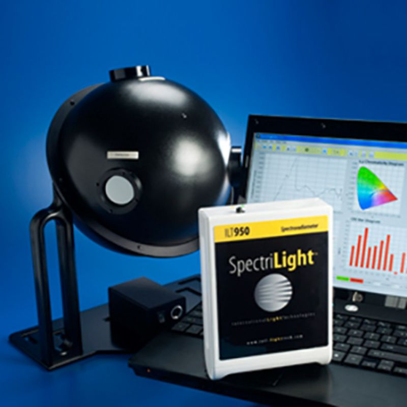 Light measurement - Spectroradiometer 200 - 450 nm and 250 - 1050 nm